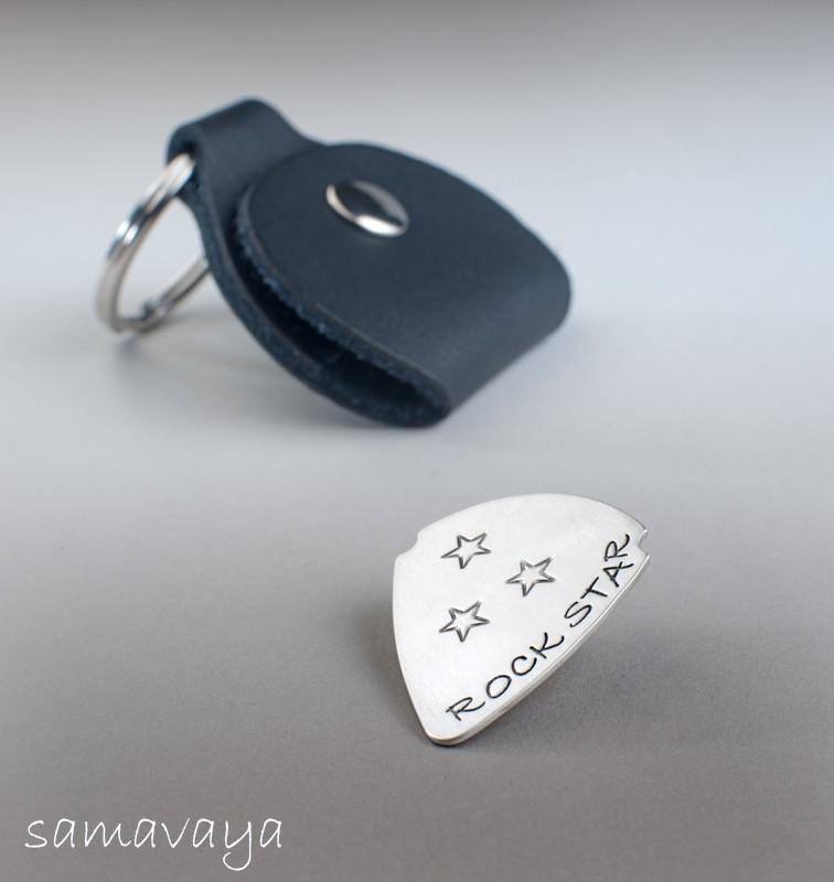 ROCKSTAR Silber Plektrum + Picktasche Gitarrenplättchen mit Gravur
