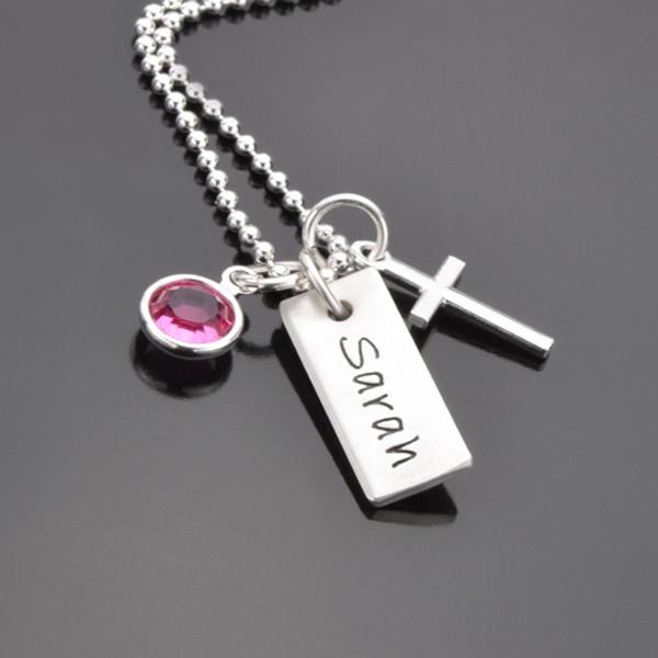 Taufkette mit Namen und Kreuz