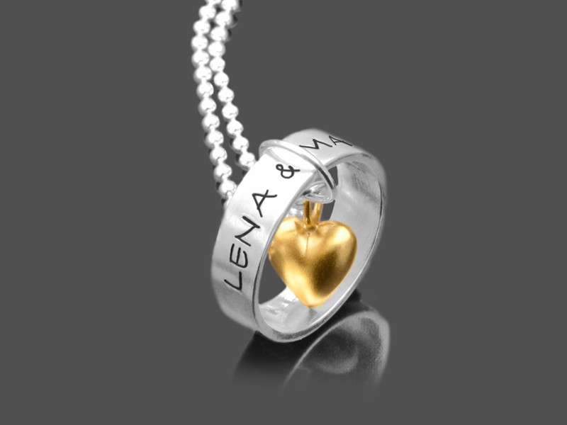Halskette mit Gravur und Herz