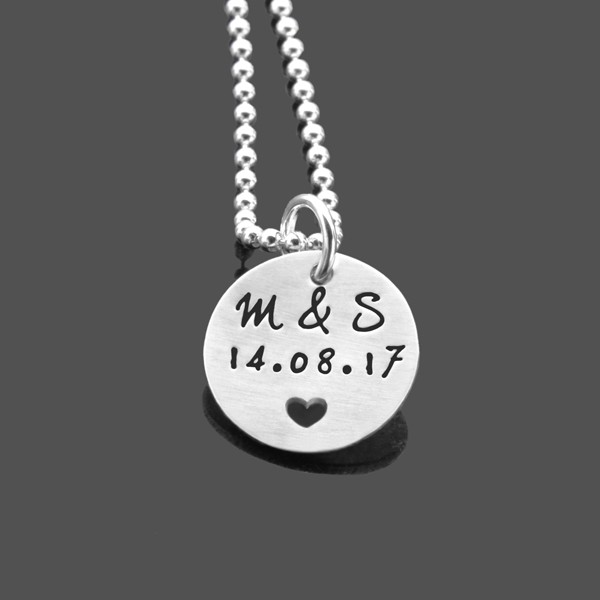 Partnerkette-mit-Gravur-Silber-Namenskette-Jahrestag