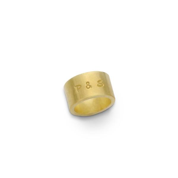 Anhaenger-mit-Gravur-vergoldeter-Charm-mit-Initialen