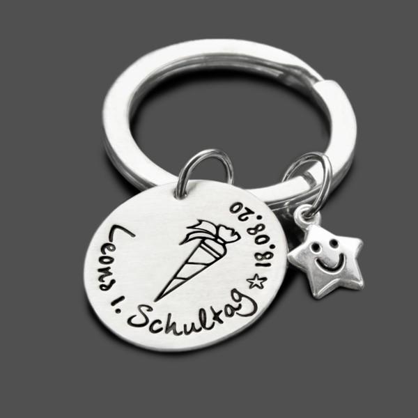 Schlüsselanhänger mit Gravur zum Schulanfang