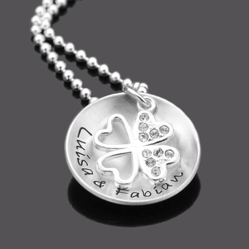 Namenskette aus Silber mit Kleeblatt