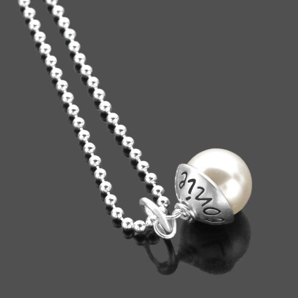 Namenskette mit Perle