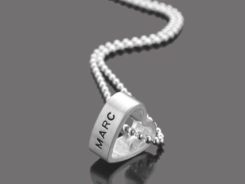 Silberkette mit Herz und Gravur