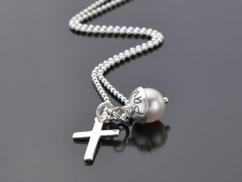 Kette zur Konfirmation und Kommunion mit Gravur und Kreuz