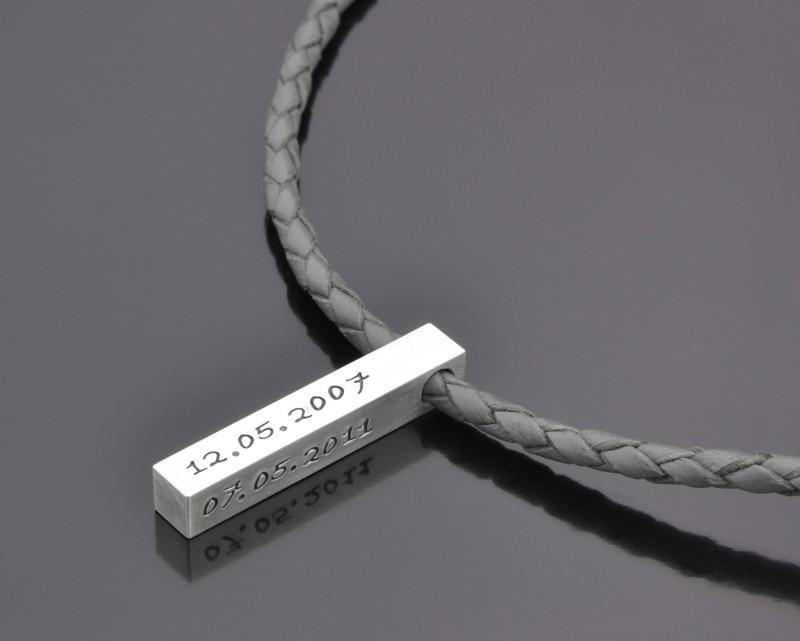 Herrenkette mit Gravur aus Silber und Leder