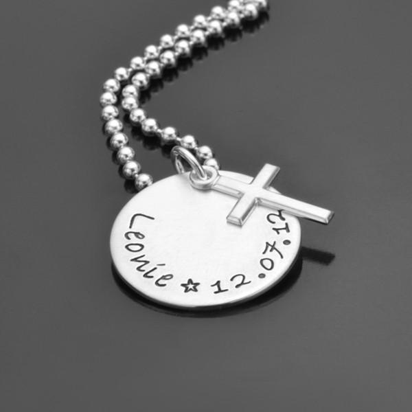 Taufkette mit Name und Datum, graviert