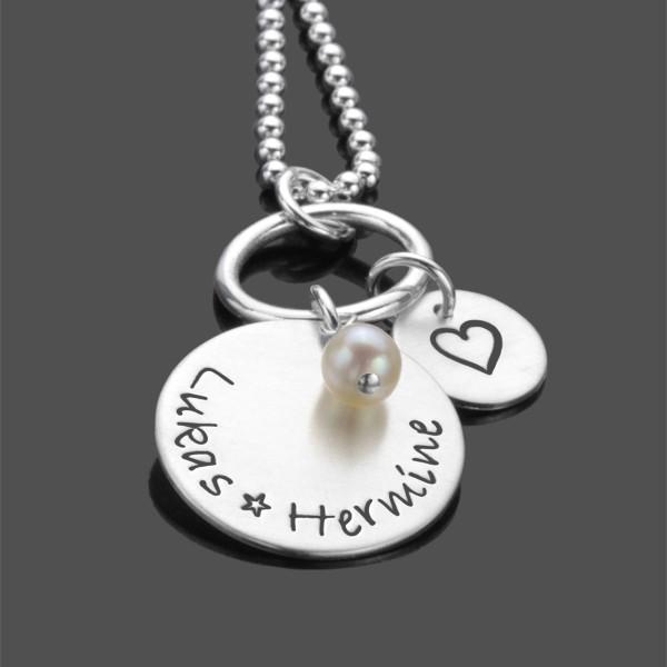 Kette mit gravierten Namen Herz und Perle
